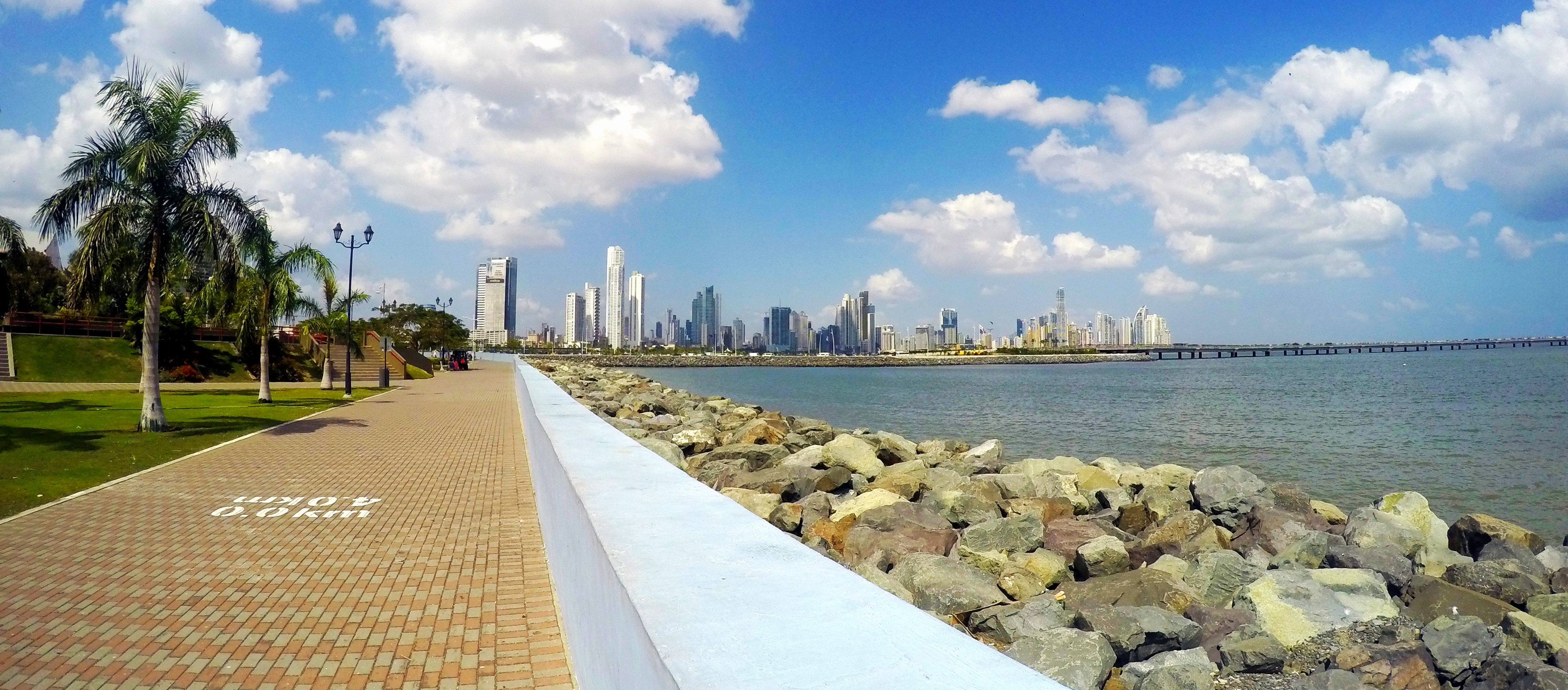 Panama Is That Small Long Stretch Of Land Connects Central America To South It Has Fabulous Beaches Spanish Ruins Beautiful Nature